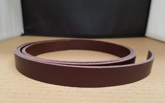 TIRA  2,5cm CINTURON DE VAQUETILLA